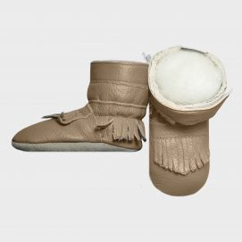 boot-tissle-tassle-stone-side